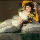 Ein Blickfang und einst ein Skandalbild. Francisco de Goya. Bekleidete Maja.1800-180, Öl auf Leinwand, 95 x 190 cm. (Museo Nacional del Prado. Madrid)