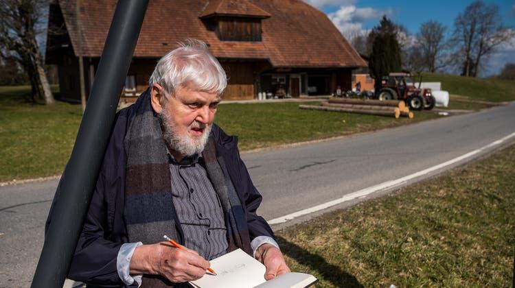 Kurt Hedigerarbeitet manchmal über Jahre an Werken, bis er zufrieden ist. (zvg/Peter Siegrist)