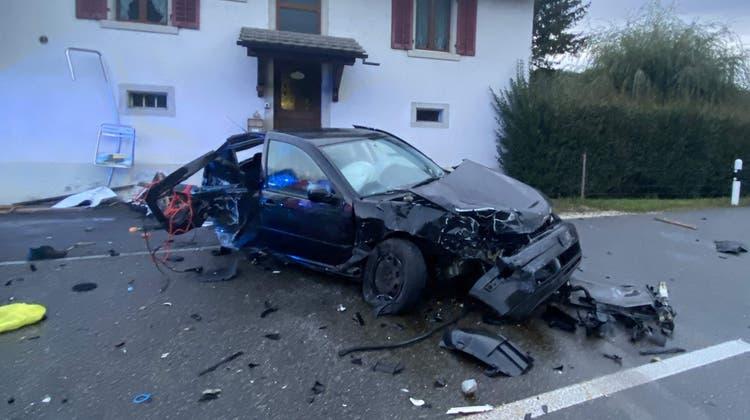 Der 18-Jährige starb an seinen schweren Verletzungen nach einem Selbstunfall. (Kapo Aargau)