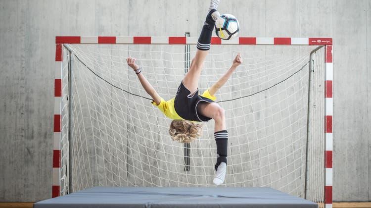 Symbolbild: Thurgauer Fussballverband organisiert zum vierten Mal ein GirlsDay. (Andrea Stalder)