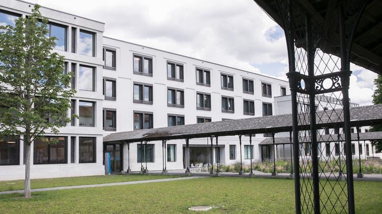 Elf Betten auf den Akutstationen der Erwachsenenpsychiatrie in Königsfelden können seit Anfang September nicht mehr betrieben werden. (Britta Gut)