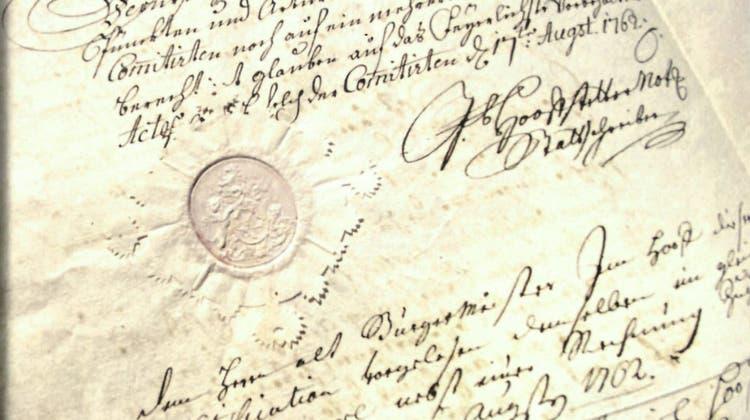 Faksimile eines Briefes von 1762. Das Buch zeigt, wie sorgfältig früher von Hand geschrieben wurde. (scan)
