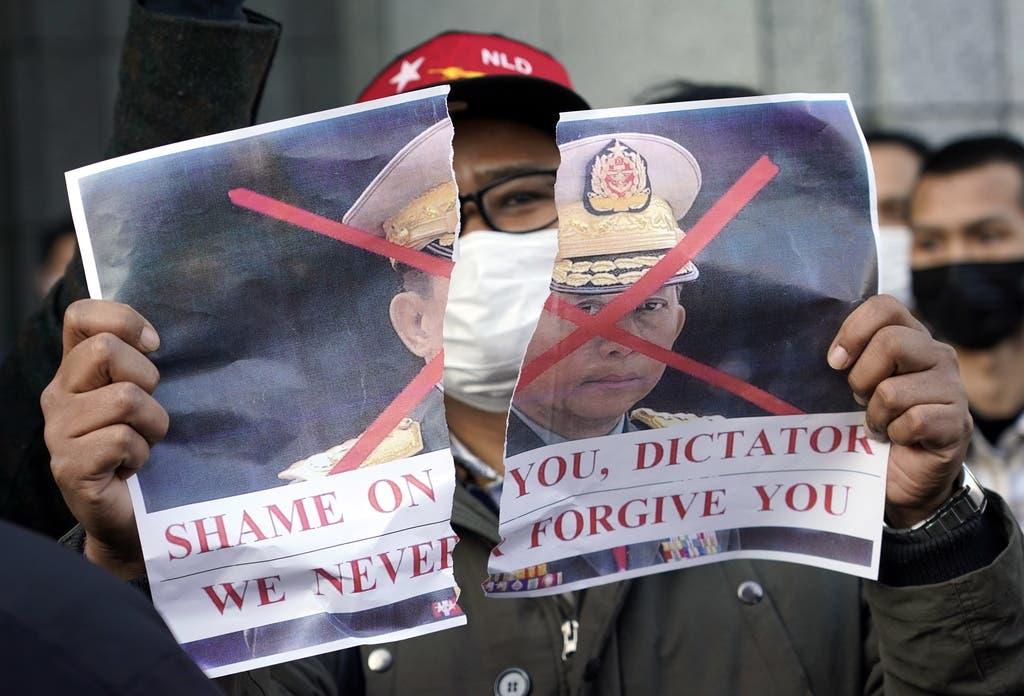Beinahe seit der Unabhängigkeit des Landes wird der Staat diktatorisch von der Armee geführt.