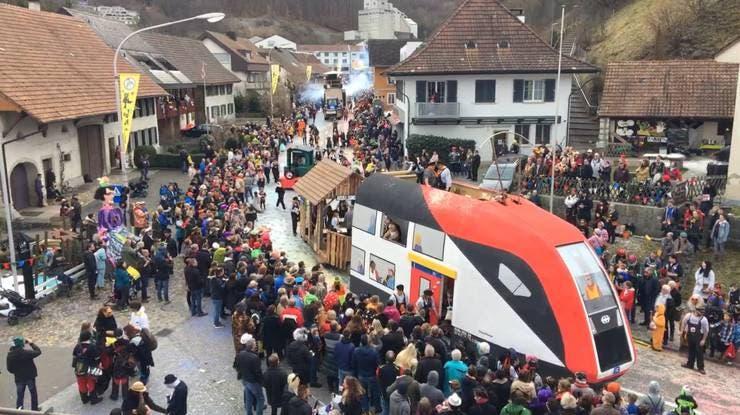 So viele Menschen! Das war die Aargauer Fasnacht 2020 in Bild und Ton