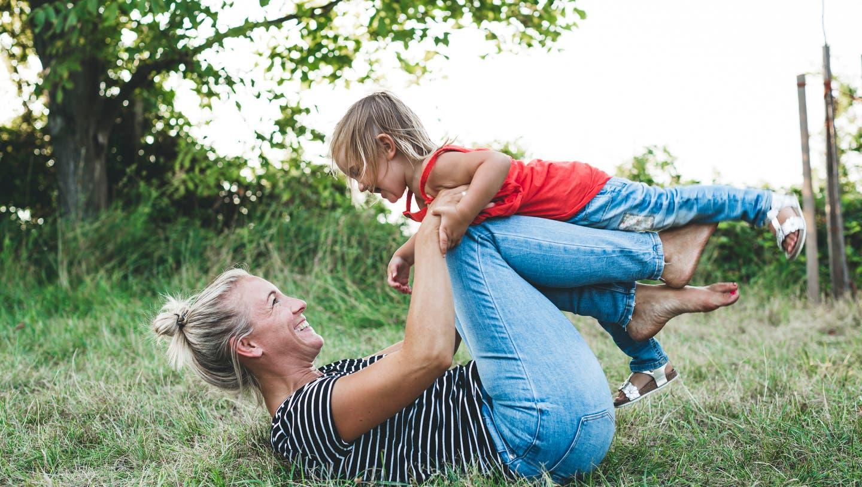 Der Verein «Mutter-Vater-Kind-Erholung» will geprüften Vätern und Müttern helfen, sich mit ihren Kindern zu erholen. (Getty Images)