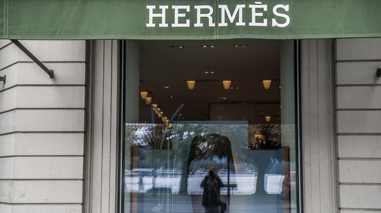 Gefragte Produkte: Filiale von Hermès in Luzern. (Nadia Schärli)