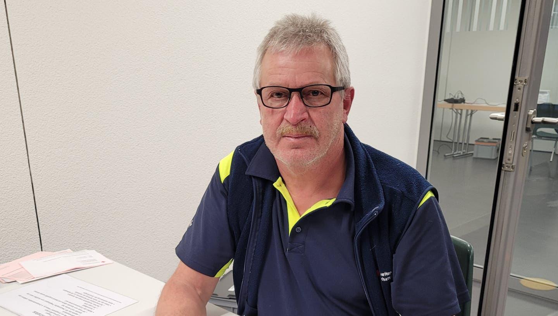 Josef Kempf, Präsident des Samaritervereins Schattdorf, bei der Blutspendeaktion vom Dienstag. Die Maske wurde für das Foto kurzzeitig abgenommen. (Bild:PD (Schattdorf, 16. Februar 2021))