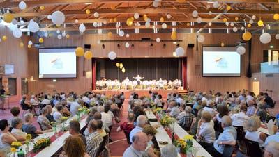 Gekürzt wird bei Veranstaltungen. Das Bild stammt von der Eröffnung des Husemer Fäscht 2019 in der neuen Mehrzweckhalle. (Bild: mhu (28. Juni 2019))