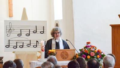 Pfarrerin Isabel Stuhlmann bei ihrer Einsetzung in der evangelischen Kirche Dussnang. (Bild: Christoph Heer (16. September 2018))