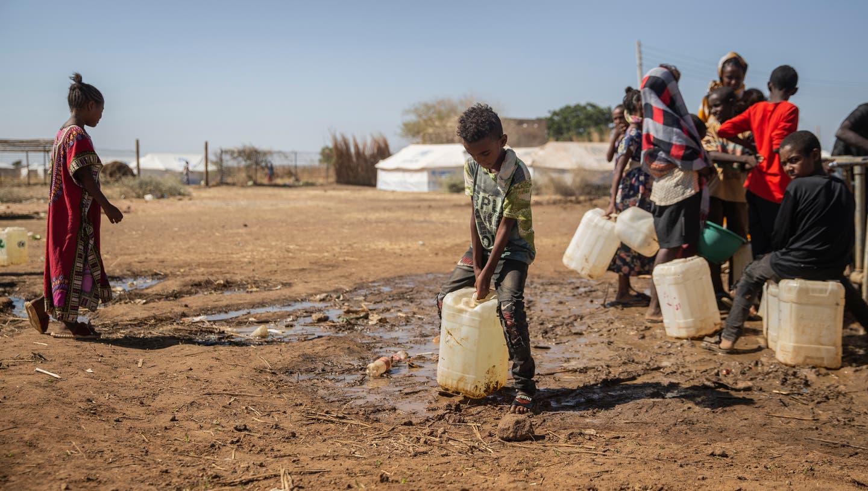 Dreckiges Wasser, kaum zu Essen im Lager Um Rakuba: 60'000 Menschen sind laut dem UNO-Flüchtlingshilfswerk bereits aus Tigray nach Sudan geflohen. (Getty)