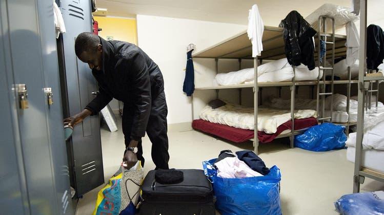 Ein Bewohner einer Asylunterkunft in der Waadt. (Bild: Keystone)