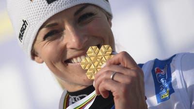 Dieses Gold bedeutet Lara Gut-Behramiviel: «Es war immer mein Traum, im Riesenslalom eine Medaille zu gewinnen.» (Christian Bruna / EPA)