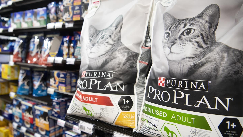 Die Marken Purina und Felix von Nestlé trugen im vergangenen Jahr stark zum Wachstum des Konzerns bei. (Keystone)