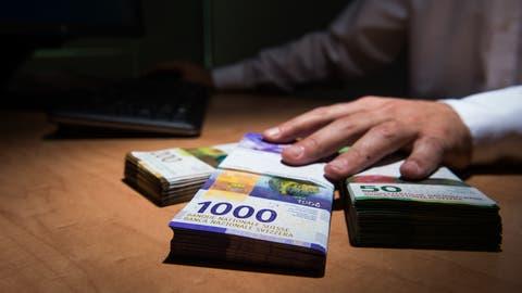 Viele Kantone haben ein komfortables Finanzpolster – und verzichten momentan trotz roter Zahlen in der Finanzplanung auf Sparprogramme. (Bild: Alessandro Crinari / KEYSTONE)