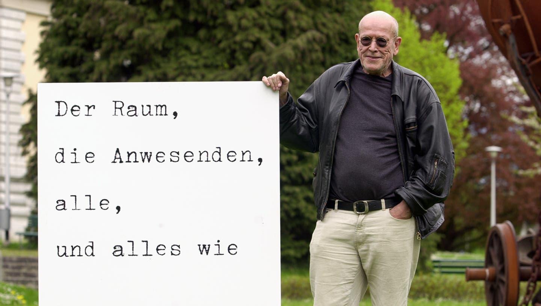 Urs Jaeggi war Soziologe, Schriftsteller, Künstler. Er wollte die Ränder der Gesellschaft ausleuchten. (Oliver Menge (Solothurn, 3.5.2001))