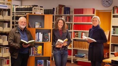 Die Idee für die Fortsetzungsgeschichte stammt von der OK-Projektgruppe mit Roland Humair, Beatrice Kolvodouris und Annalise Russi (von links). (Bild: Florian Arnold (Altdorf, 12. Januar 2021))