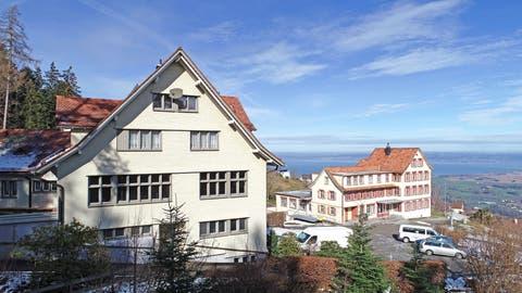 Ins ehemalige Ferienheim Sonneblick kehrt am Montag wieder Leben ein. (Bild: Erich Brassel)