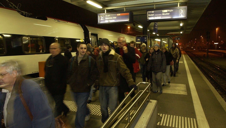 Tausende Solothurnerinnen und Solothurner pendeln täglich zur Arbeit (Hanspeter Bärtschi)