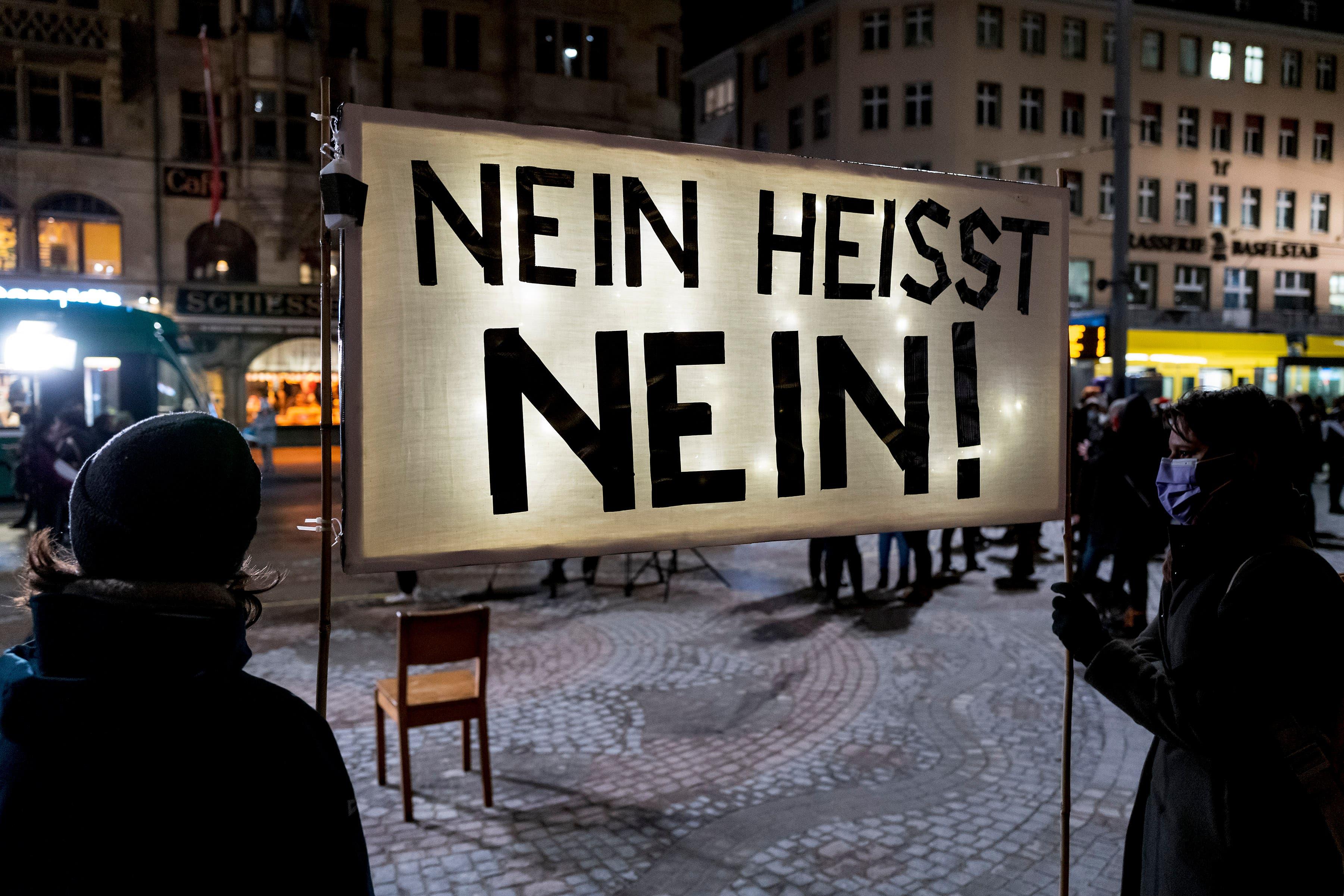 Das Thema der Kundgebung: Nein heisst Nein!