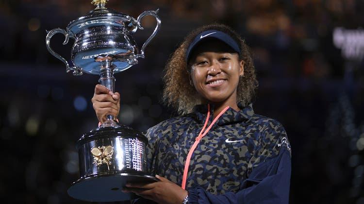 Naomi Osaka feiert ihren vierten Grand-Slam-Titel. Die Japanerin lässt nie Zweifel aufkommen, wer diesen Final gewinnen würde. (Keystone)