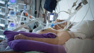 Viele Coronapatienten verstarben auf den Intensivstationen. (Bild: Reto Martin)