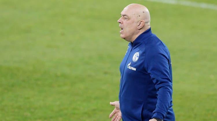 Wirkt bei Schalke schon beinahe verzweiflet: Trainer Christian Gross. (Bild: Freshfocus)