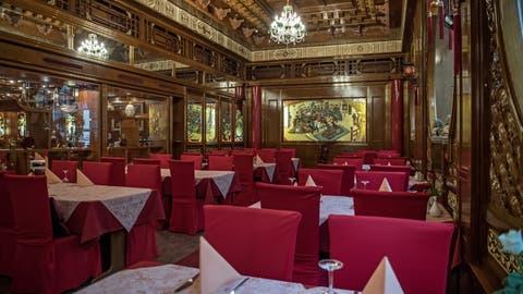 Geschlossene Restaurants: Die AWG fordert nun eine Öffnung in «kalkulierbaren Schritten.» (Bild: Pius Amrein (Luzern, 21. März 2020))
