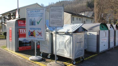 Vorgesehen ist, die öffentlichen Sammelstellen – hier der Standort Weiermatt – auf Unterflursysteme umzurüsten. (Bild: Claudia Meier)