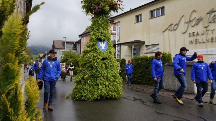 Schöne Chläusefeiern den Alten Silvester in Urnäsch. (Michel Canonica (13.1.2018))