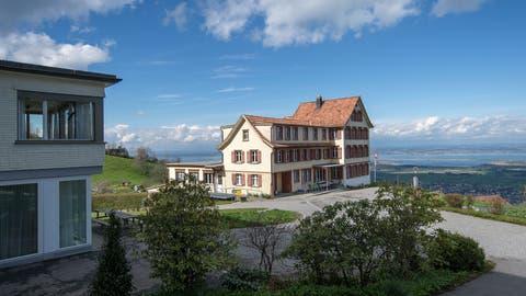 Am Montag sind die ersten 30 Asylsuchenden ins neue Asylzentrum Sonneblick in Walzenhausen eingezogen. (Bild: Michel Canonica)