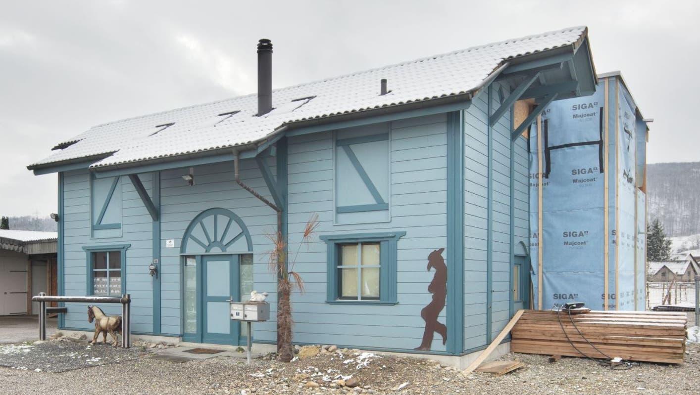Objekt für Pferdeliebhaber: Für dieses ungewöhnliche Haus werden neue Besitzer gesucht
