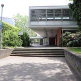 2022 soll die Bezirksschule mit einem Neubau ergänzt werden. (Claudia Laube)