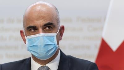 Bundesrat Alain Berset möchte die Lockerungen nicht rascher vorantreiben. (Alessandro Della Valle / KEYSTONE)