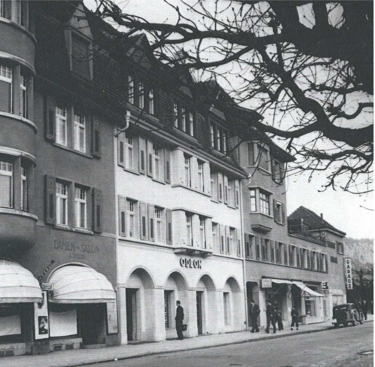 Das Bild zeigt das «Odeon» in seinen Anfängen.