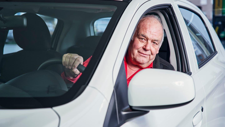 «Ein neues Auto kauft man nicht wie einen Staubsauger: Man will drin sitzen und fühlen», sagt AGVS-Aargau-Präsident Martin Sollberger. (Colin Frei (20.12.2019))