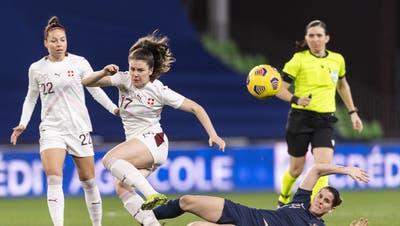 Das 1:0 für Frankreich. Wendie Renard trifft per Kopf. (Alessandro Della Valle / KEYSTONE)
