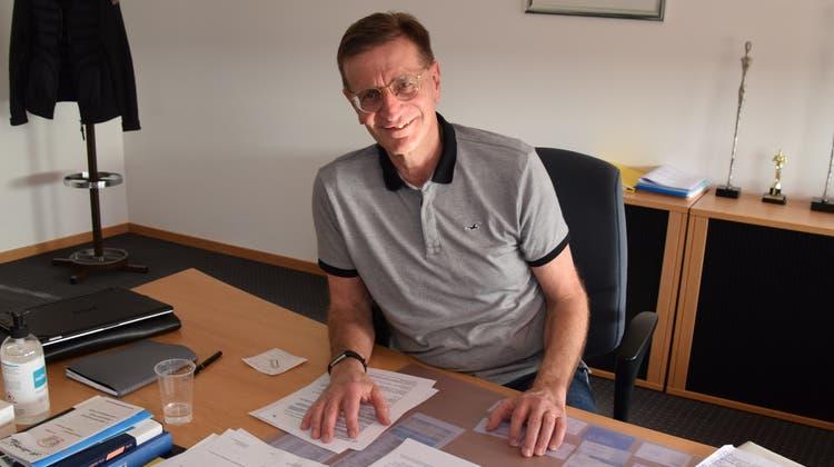 Der Zufiker Ammann Christian Baumann hält mit seiner Meinung zum Datenschutz und den Schwierigkeiten für die Gemeinde nicht zurück. (Toni Widmer)