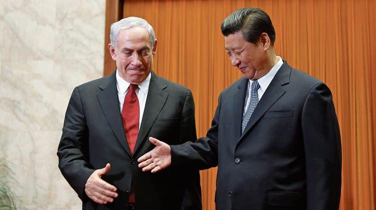 Freunde, lasst euch piksen: Israel und China verschenken Impfdosen an politisch beugsame Staaten