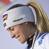 Lara Gut-Behramischmunzelt beim Gedanken an ihre Erfolge. (Christian Bruna / EPA)