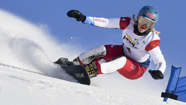 Fährt Julie Zogg gut Snowboard, wird am Ende des Tages auch das Resultat stimmen. (Bild: Gian Ehrenzeller/Key)
