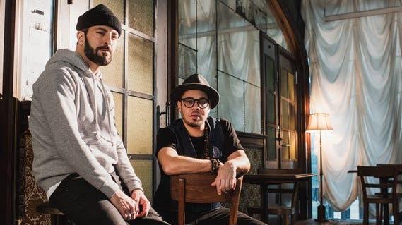 Bligg (links) und Marc Sway machen zusammen als Blay Musik. Doch nun verschieben sie bereits ihr Konzert vom Dezember im Hallenstadion. (HO)