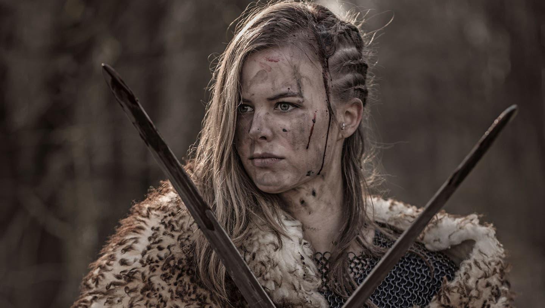 Man kommt ihr besser nicht zu nah an diesen Tagen. Dabei richtet Frau die Waffen voller Selbstzweifel auch gegen sich selbst.