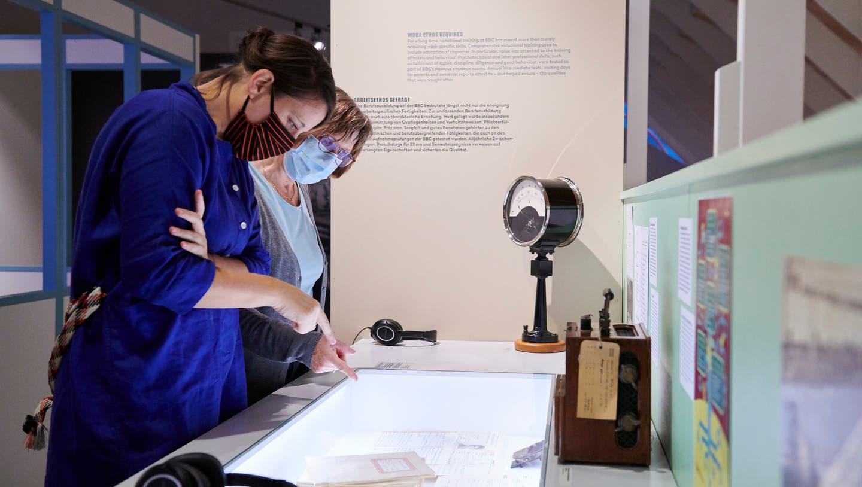 """Die Sonderausstellung """"Zeitsprung Bildung"""" im Historischen Museum Baden kann dank der Öffnung wieder besucht werden. (Nici Jost)"""