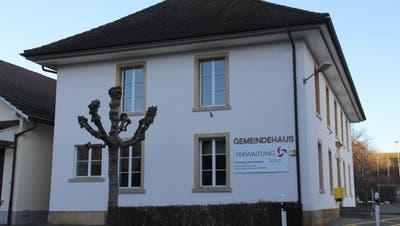 Im Gemeindehaus Hornussen wird sich ab 2022 die Verwaltung vonBöztal befinden sowie der neue Gemeinderat zur Sitzung treffen. (Bild: cm (6. Januar 2020))