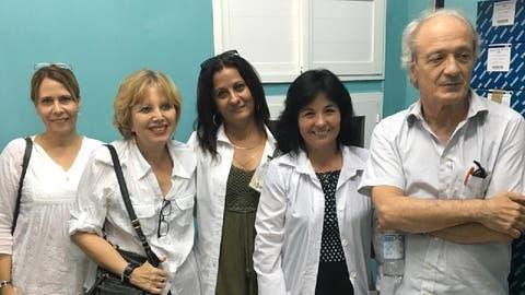 Ex-SP-Fraktionschef Franco Cavalli mit medizinischem Fachpersonal in Kuba (November 2020). (zVg)