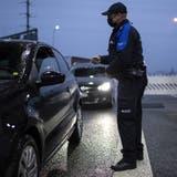 Die Zahl der Grenzgänger stieg im vergangenen Jahr an. (Keystone)