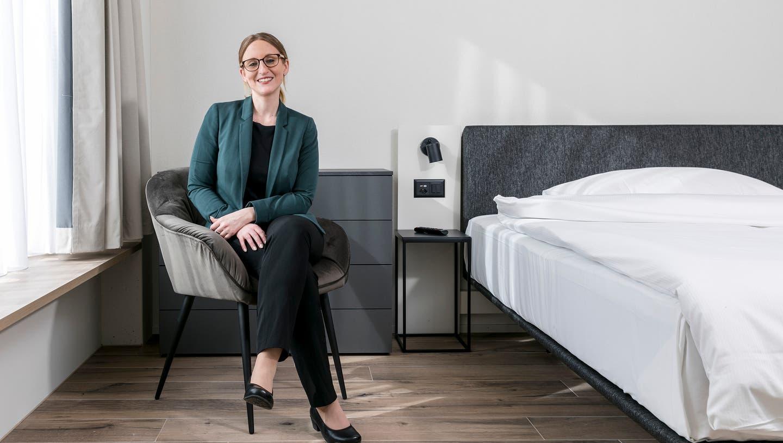 «Wir können für jeden Gästetyp etwas anbieten», sagt die 31-jährige Hoteldirektorin Sandra Schuler. (Bild: Sandra Ardizzone (22. Februar 2021))