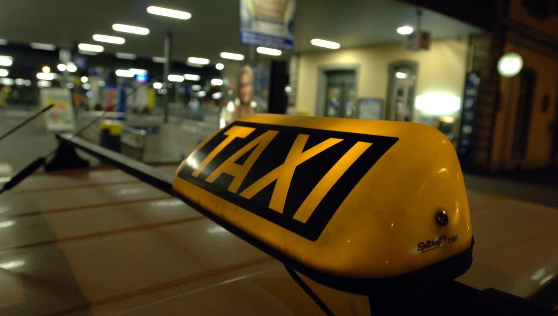 Taxiunternehmen leiden auch unter dem Coronavirus. (Hanspeter Bärtschi)