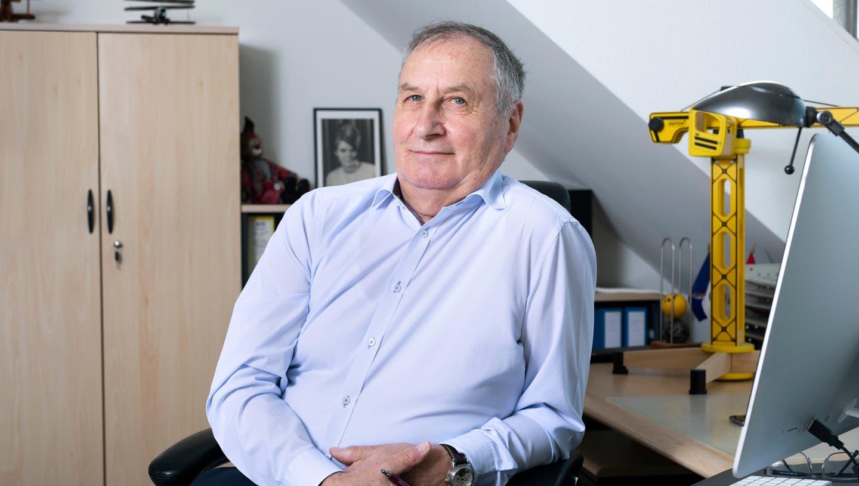 Hans Huber plädiert für die Ansiedelung einer Kantonsschule auf dem Zeughaus-Areal in Lenzburg. (Britta Gut)