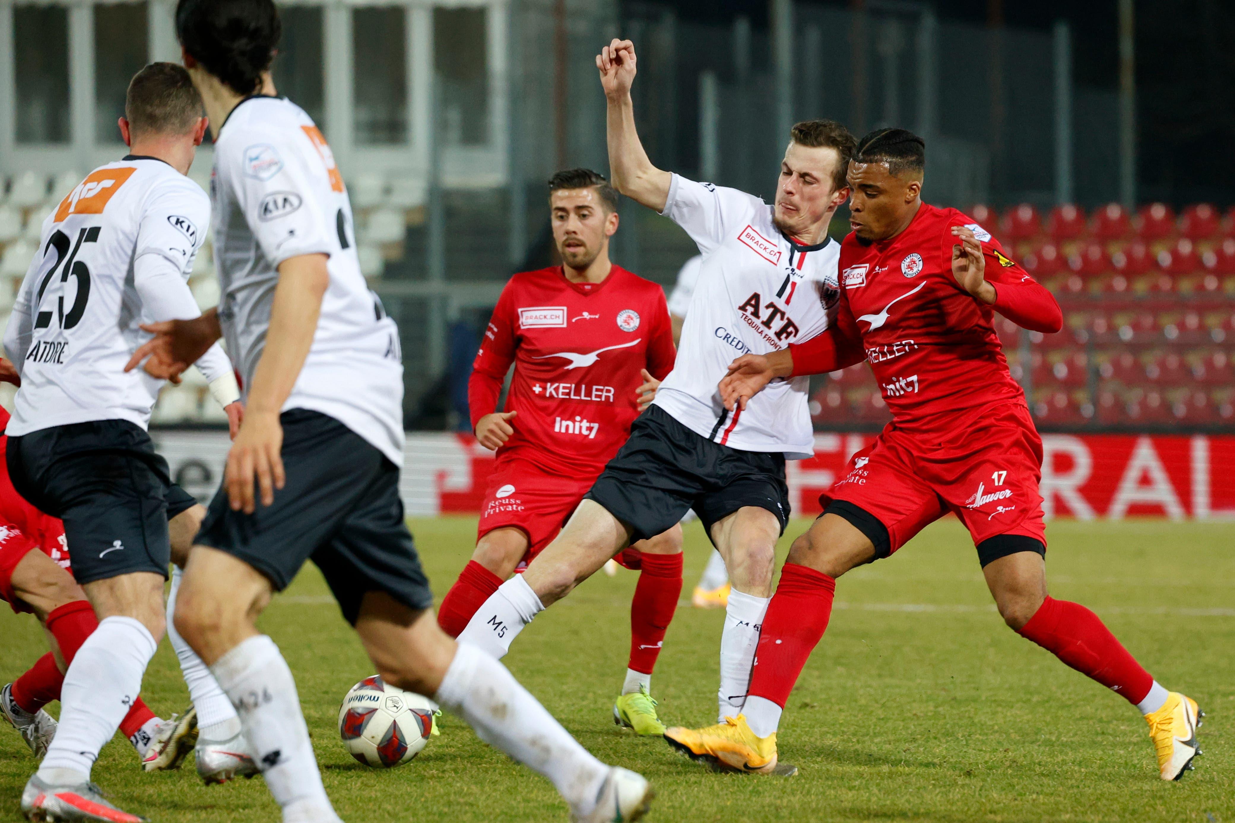 Der FC Aarau hat im zweiten Abschnitt mehr vom Spiel.